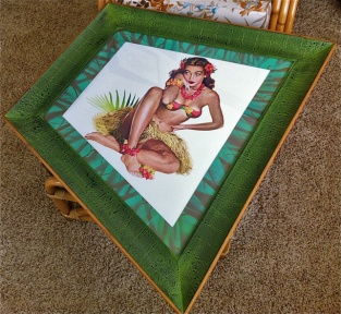 Hawaiian Print in XL Angular Frame