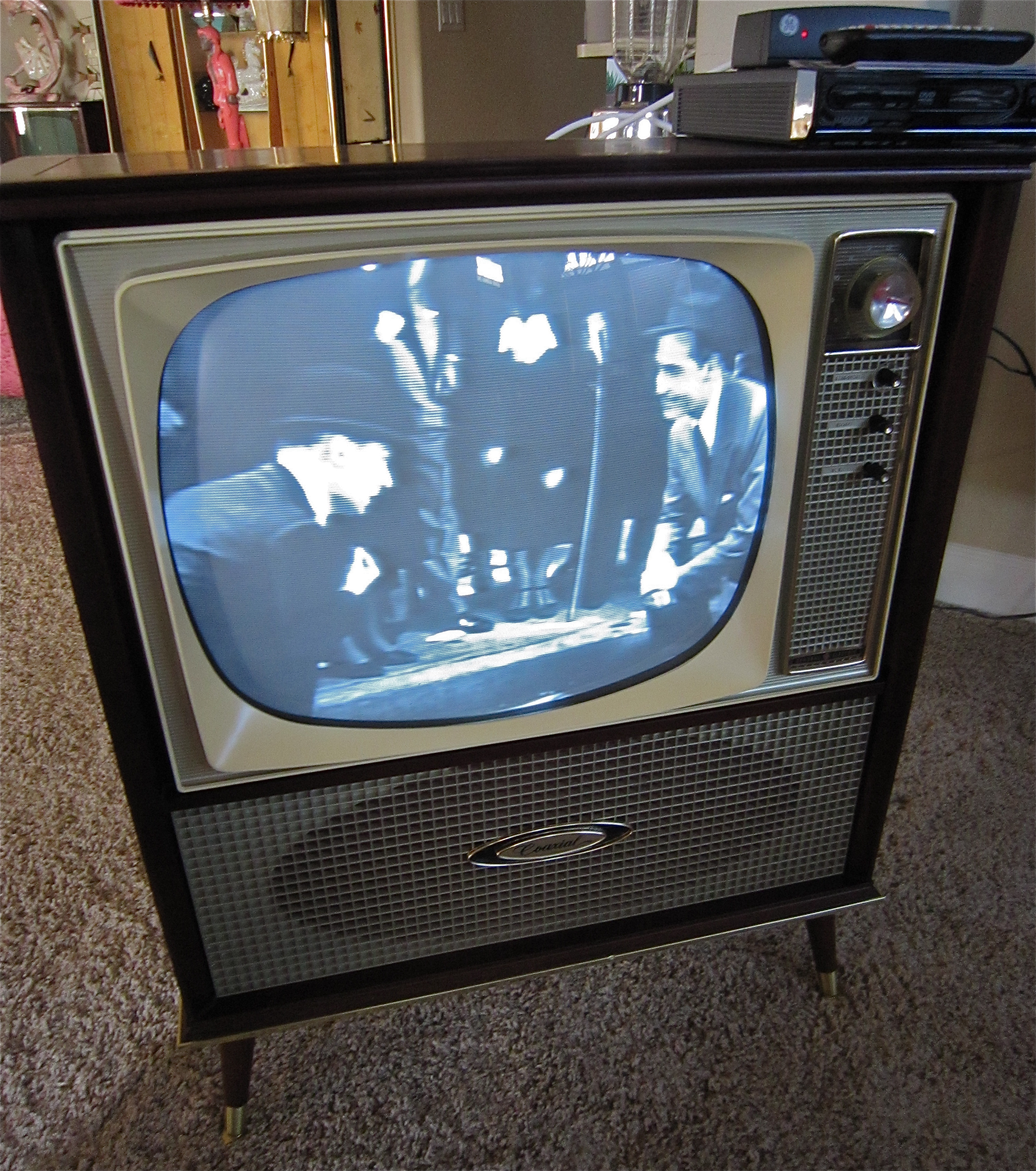 Vintage GE Coaxial Television DVD Hook Up | Hepcats Haven
