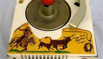 Rare 1956 Crescent 45 Record Player | Hepcats Haven
