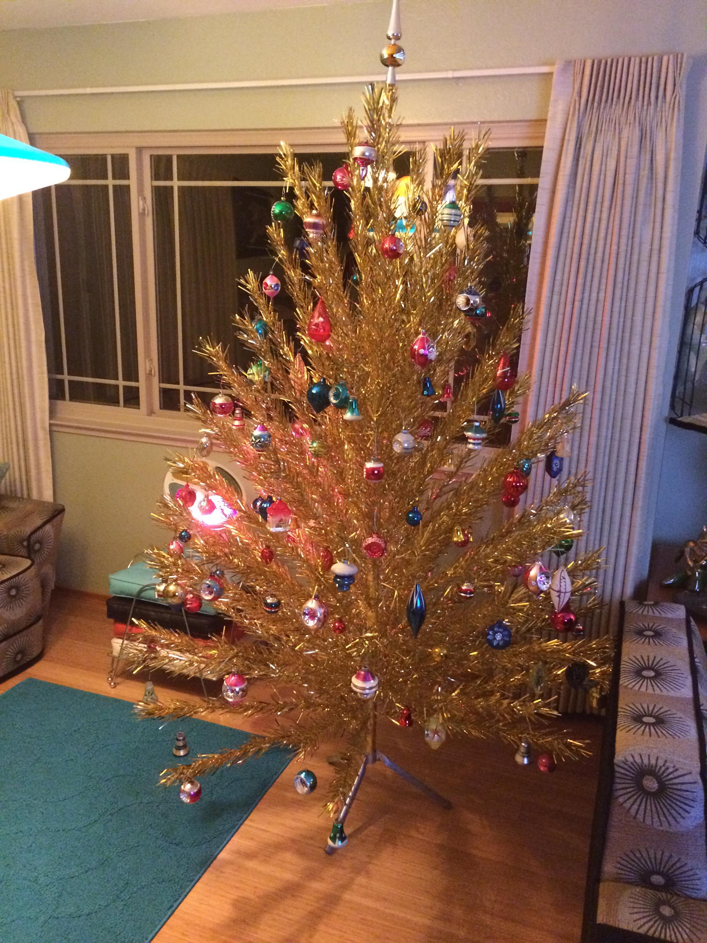 img_5880 - Vintage Aluminum Christmas Tree
